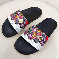 LV Louis Vuitton new letter printing gradient color men and women casual sandals beach slippers Shoes #2
