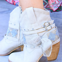 LEGACY SHORT BOOTIES IN CREAM