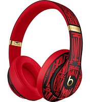 Beats Solo 3 Bluetooth wireless headset MP3 music headset with microphone line into the slot TF card slot