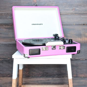 Crosley Cruiser Portable Turntable in pink