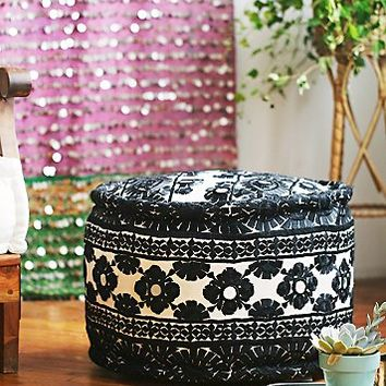 FP One Womens Circle Flourence Pouf
