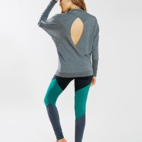 Alo Yoga Brook Long-Sleeve Top - Urban Outfitters