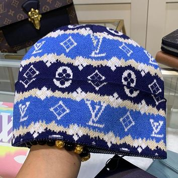 Louis Vuitton LV knitting The embroidery Hat Strickmütze