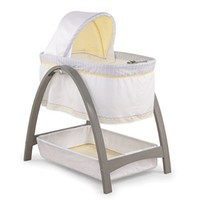 Summer Infant Bentwood Bassinet with Motion, Chevron Leaf