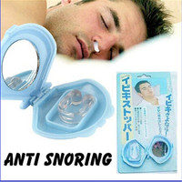TrendyQueen- Silicon Anti Snore Ceasing Stopper Anti-Snoring Free Nose Clip Health Sleeping Aid Equipment (Size: M, Color: Sky blue) = 1905807428