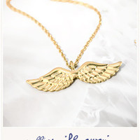 Fly Away golden wings necklace - Bird on the wire