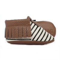 Black-Striped-Faux-Leather-Baby-Moccasin
