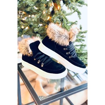 Out And About Sneakers - Black
