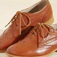 Talking Picture Oxford Flat in Rich Caramel | Mod Retro Vintage Flats | ModCloth.com