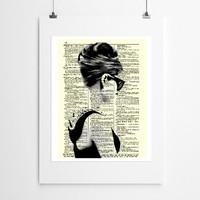 Audrey Hepburn In Pearls And Sunglasses Dictionary Art Print, Buy 2 Get 1 Free, Home Decor, Wall Decor, Dictionary Page Art, Mixed Media Art