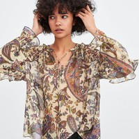 FLOWY PRINTED TOPDETAILS