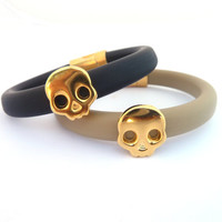 Skull rubber Bracelet , Black or Beige Oval Rubber bracelet  with a gold plated skull and magnetic clasp