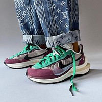 Nike Ldwaffle / Sacai XHU  Joint name deconstruction of black white grey red running shoes