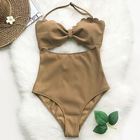Pursuit Of Light Solid One-piece Swimsuit