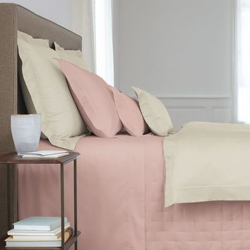 Triomphe Thé Bedding by Yves Delorme