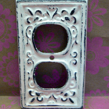 Fleur de lis Cast Iron Plug Plate Cover Single Wall Shabby Chic Distressed Rustic French Decor FDL Creamy Off White Ecru