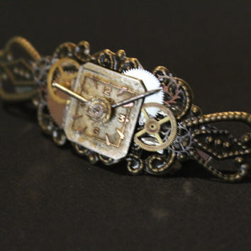 Steampunk style hairclip