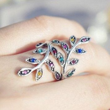 Telegant Wave Wind and Colorful Drill Crystal Leaf Ring