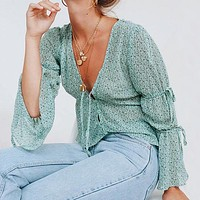 Vintage Floral Print Women Tops Blouse Casual V Neck Lace up Bell Sleeves Chiffon Shirt Chic Blusa