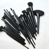 MelodySusie New 32PCS Professional Cosmetic Makeup Brush Set Kit Black - Meets All Your Needs