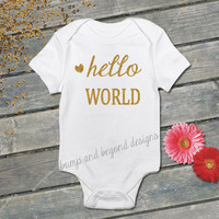 READY TO SHIP Hello World Newborn Baby Girl Sparkly Glitter Gold Bodysuit New Baby Birth Announcement Coming Home Outfit Baby Gift  001