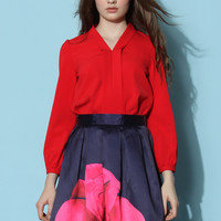 Genial V-neck Chiffon Top in Red Red S/M