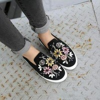 womens spring shoes Crystal casual Flats Brand Designer Flats Loafers Espadrilles Stud