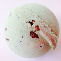 Mint Chip Bath Bomb made with Wakame/FREE SHIPPING!!/Soapie Shoppe Haywood Mall
