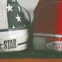 All Star & VANS Off The Wall.