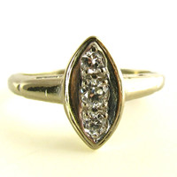 Vintage Diamond Ring in White Gold with Old European Cut Diamonds