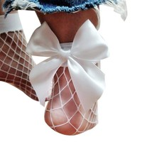 Women's Ruffle Large Fishnet Ankle High Socks