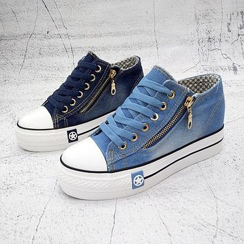 Fashion Sneakers Women Casual Canvas Shoes Tenis Comfy Ladies Vulcanize Shoes Lace Up Trainers