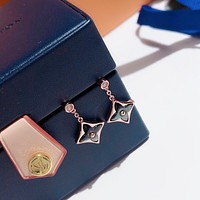 lv louis vuitton woman fashion accessories fine jewelry ring chain necklace earrings 62