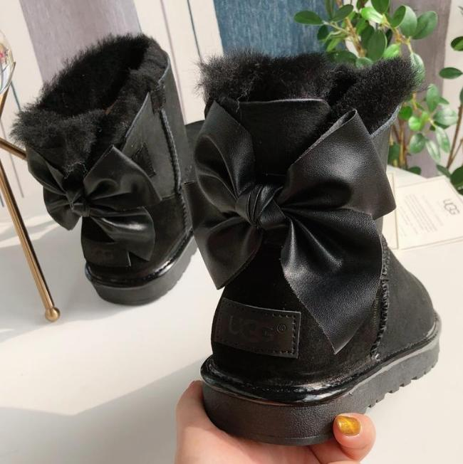 Image of UGG Classic bow fashion boots