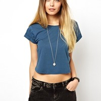 ASOS Crop T-Shirt with Roll Sleeve - Peacock blue