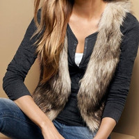 Faux Fur Women Vest Jacket Luxurious Short Shawl New Fashion Female Vest jackets = 1931741636