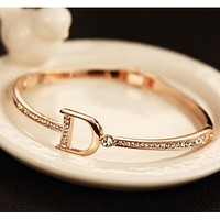 Dior New Popular Women D Letter Diamond Bracelet Crystal Hand Catenary I12871-2