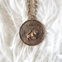 Vintage TAURUS Bull ZODIAC Horoscope Constellation Astrology Birthday Apr 20-May 20 GOLD Necklace