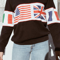 Isabella Flags Sweatshirt - Graphics