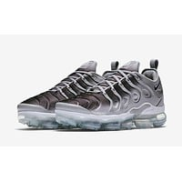 Air VaporMax Plus \