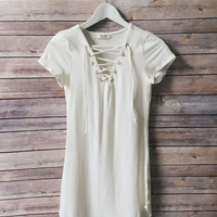 Walker Lace Up Dress (Soft White)